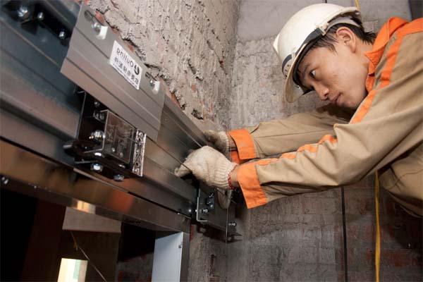 Bảo trì và kiểm tra thang máy định kỳ