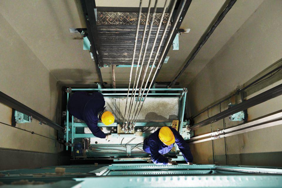 Chi phí bảo dưỡng thang máy như thế nào?