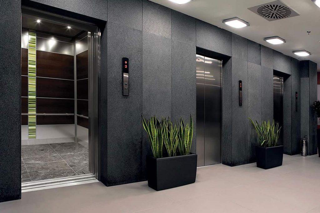 Số lượng thang máy phải đáp ứng tối thiểu quy định cho phép